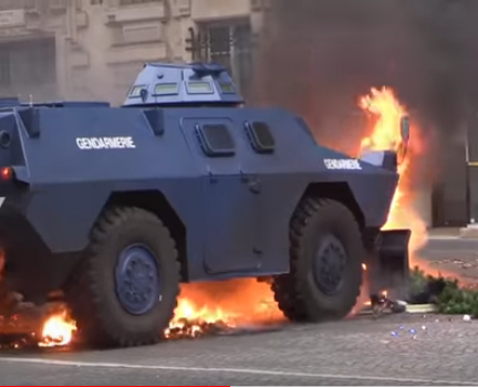 France: Yellow Vest Protesters Concerned that EU Armored Vehicles in Paris Signal Formation of a New EU Army