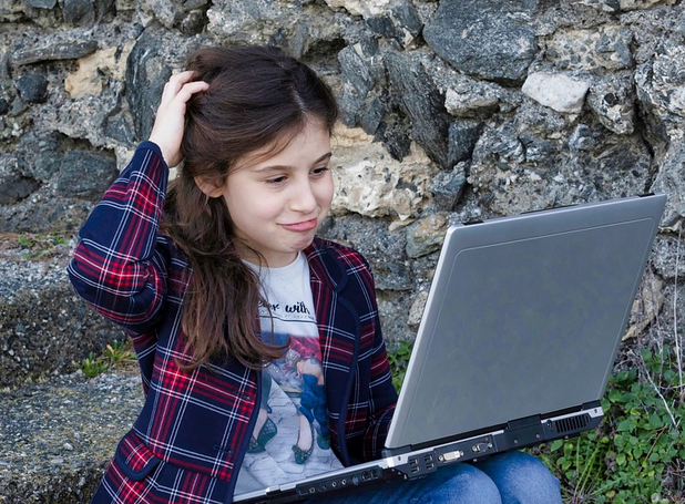 US Children Spend 9 Hours a Day on Computers and Cell Phones that Are Harming Their Brains