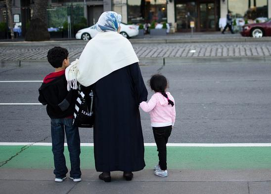 Refugee Resettlement Watch Urges Citizens to Stand Up Against Mass Immigration – and Lists Who to Contact