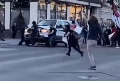 BLM/Antifa Rioter Shoots at Driver Trying To Escape Protester's Barricade