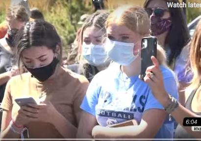 Bend, Oregon: Federal Agents Dispersed Protesters Blocking ICE Buses for Hours